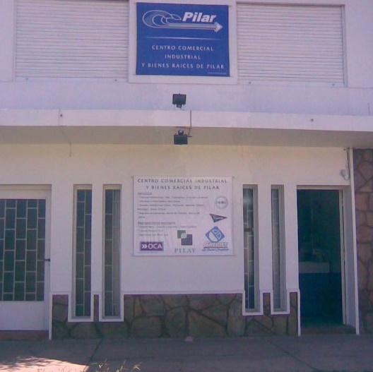 Atención de medio día en el Centro Comercial de Pilar