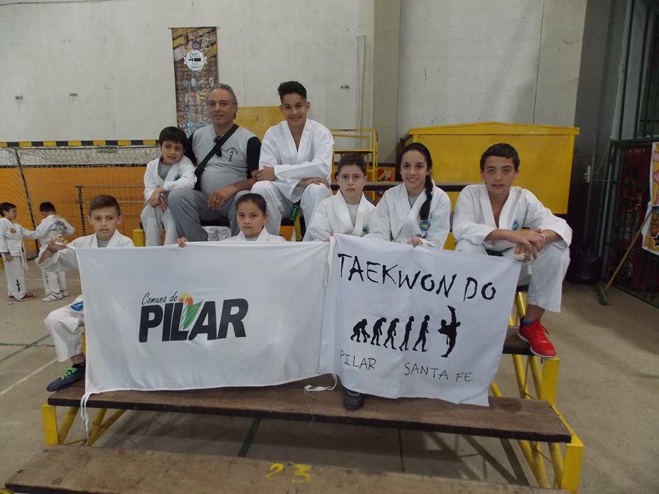 Destacada participación de cultores del Taekwondo de Pilar, en Córdoba